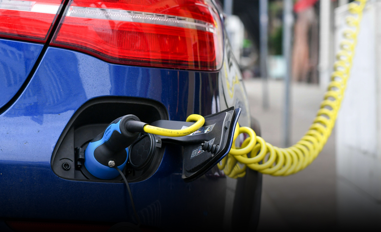 Volvo chief executive signifies government-backed charging infrastructure for electric cars