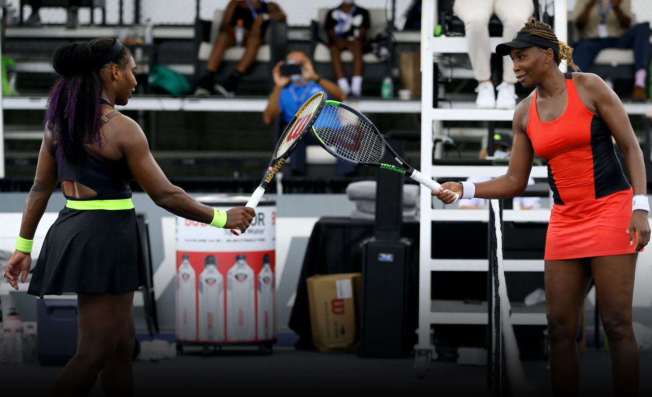 Serena Williams fights against her sister in their 31st career contest